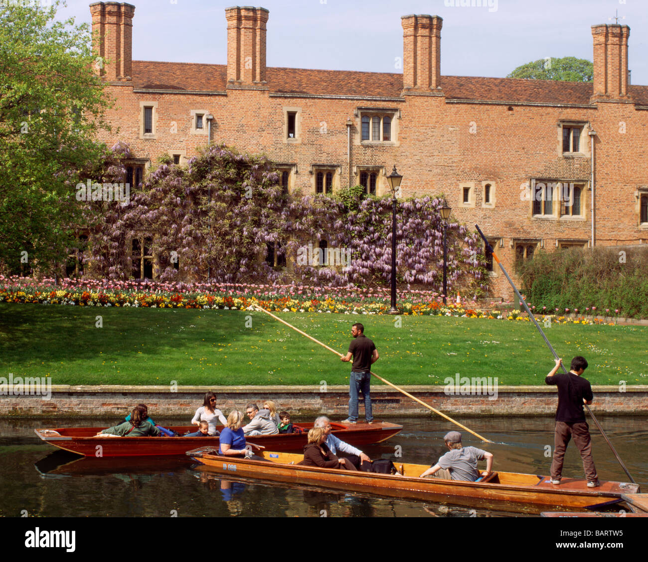 England Cambridge Punting on the Backs by Magdelene college - Stock Image