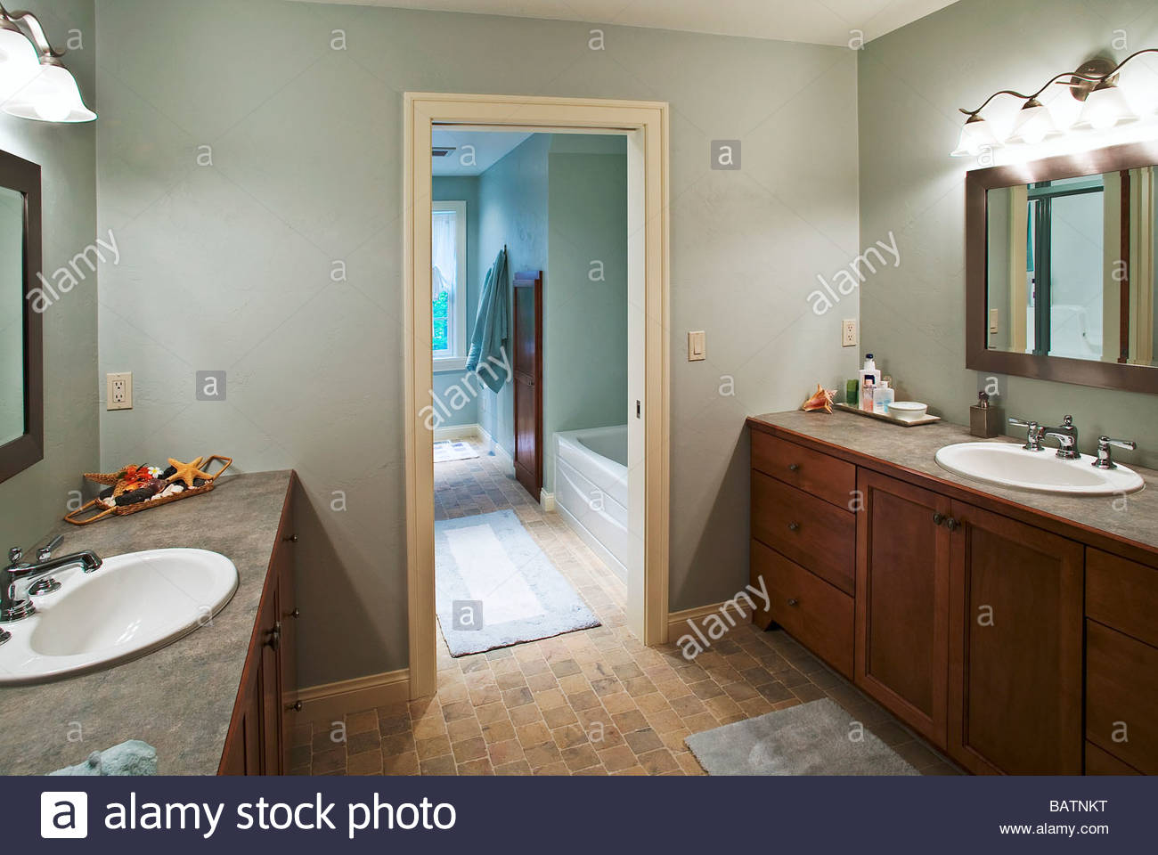 Modern bathroom with double sinks - Stock Image