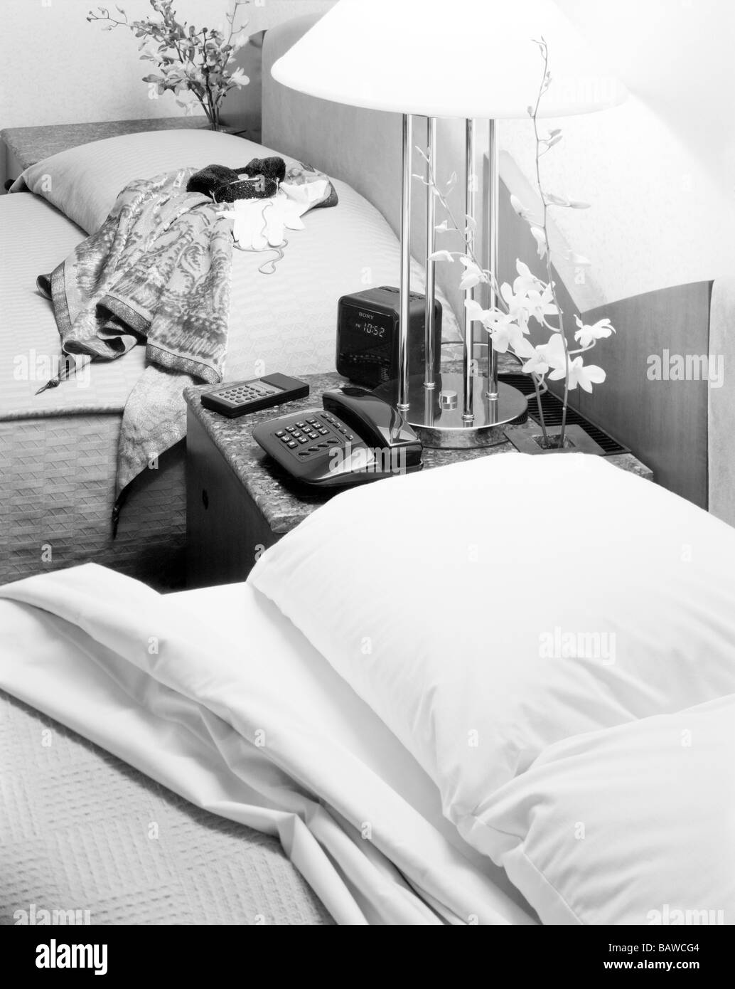 Page 2 Black Headboard White Pillow High Resolution Stock Photography And Images Alamy