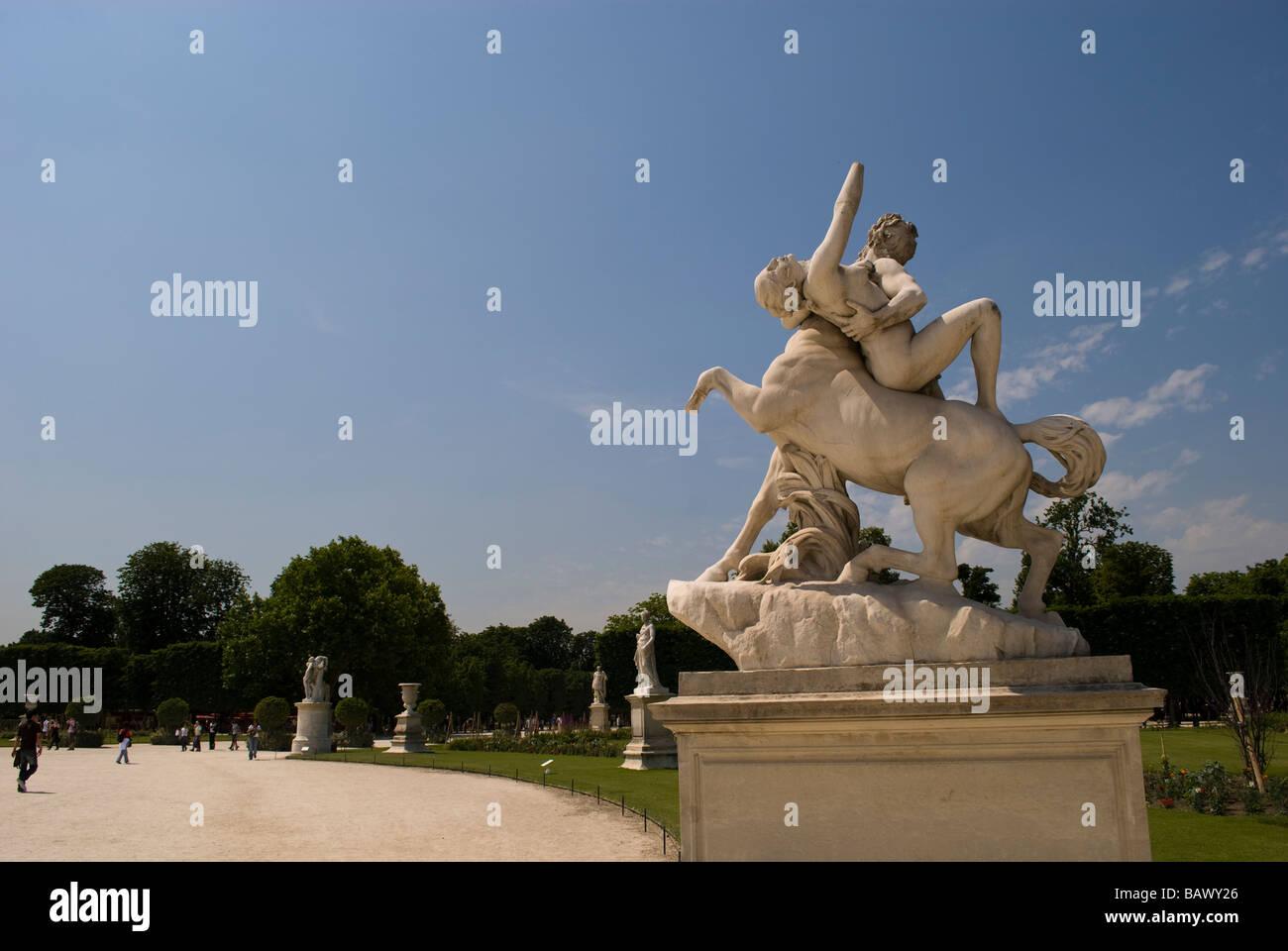 Tuileries garden statues stock photos tuileries garden statues stock images alamy - Statues jardin des tuileries ...