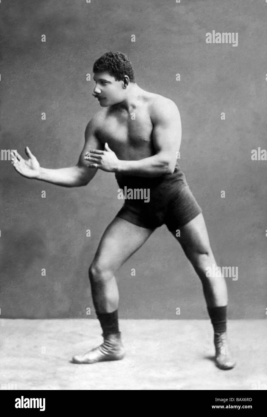wrestling-ready-stance-BAX6RD.jpg