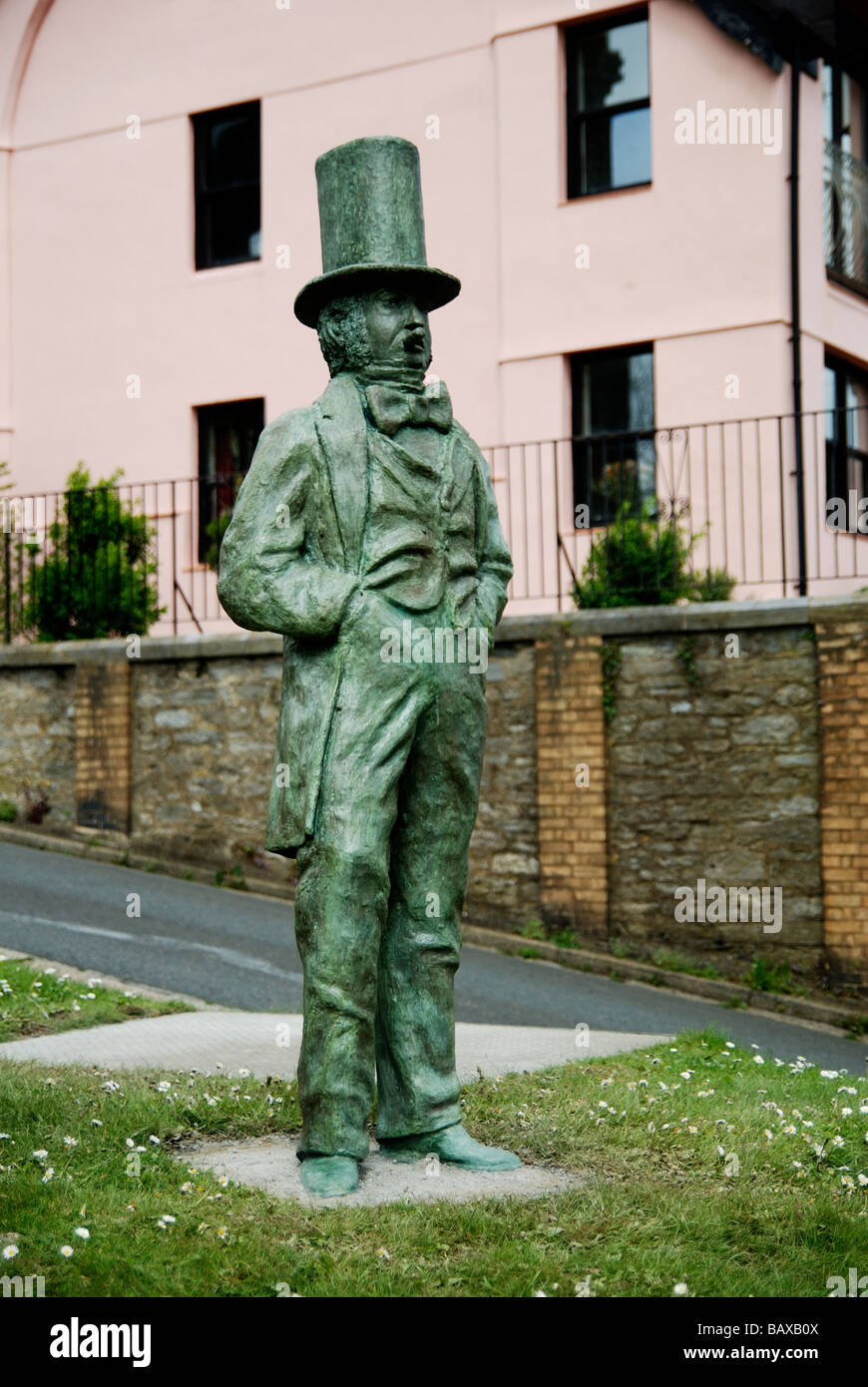 the statue of Isambard Kingdom Brunel is at the Saltash side of the bridge in cornwall,uk - Stock Image