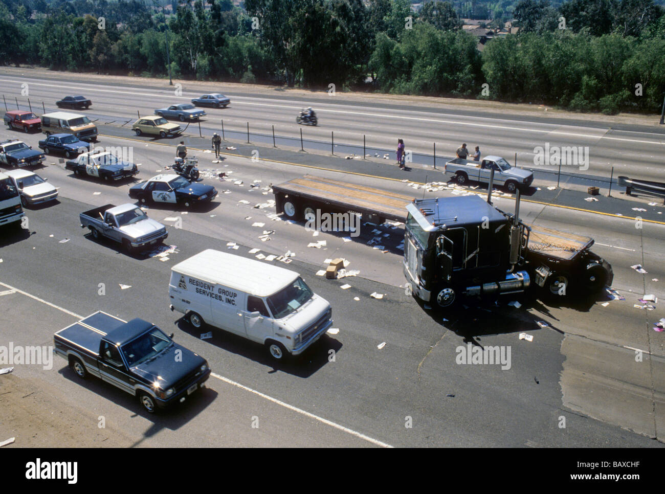 freeway highway accident truck jacknife crash spill traffic