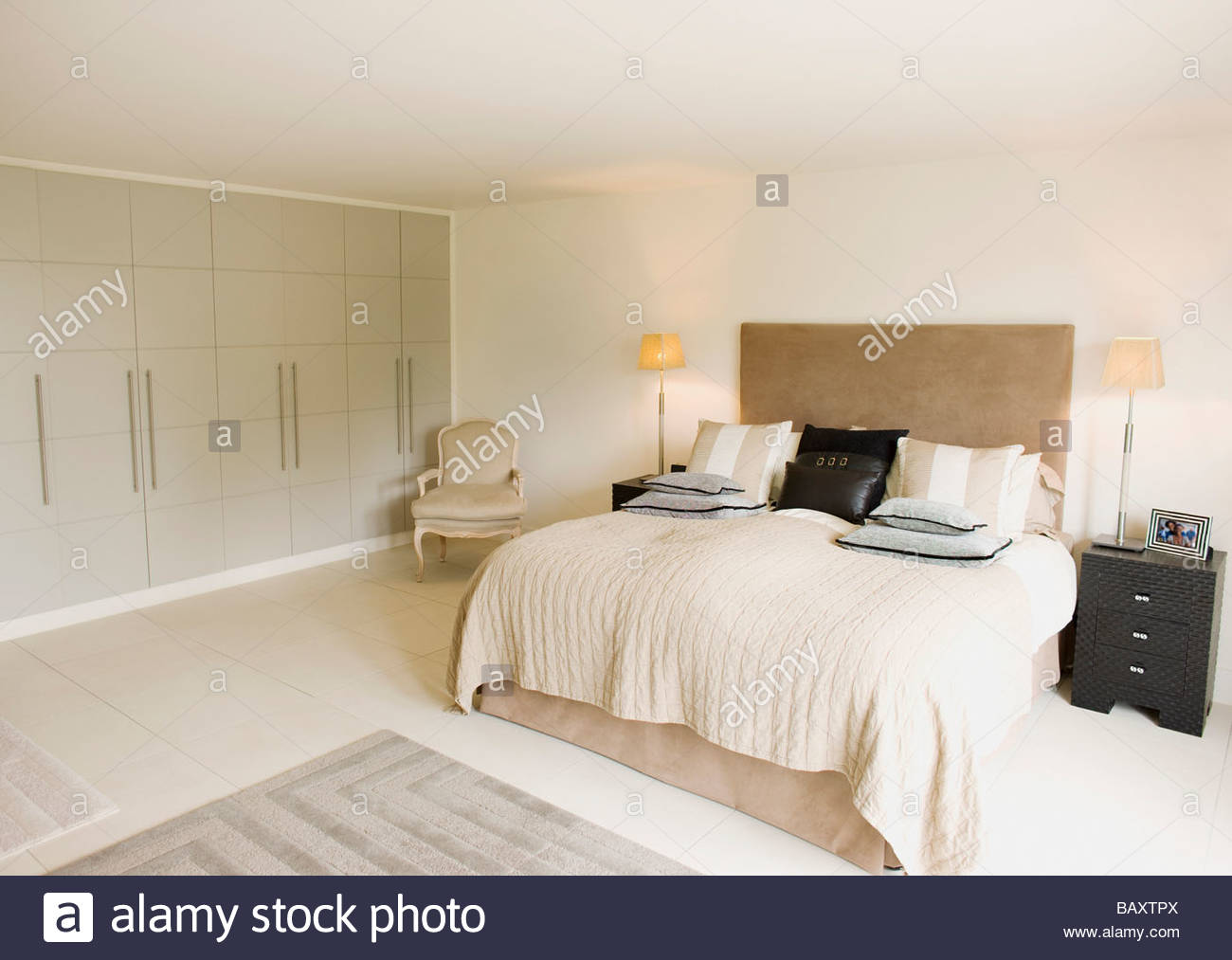 Interior Of Off White Bedroom Stock Photos & Interior Of Off ...