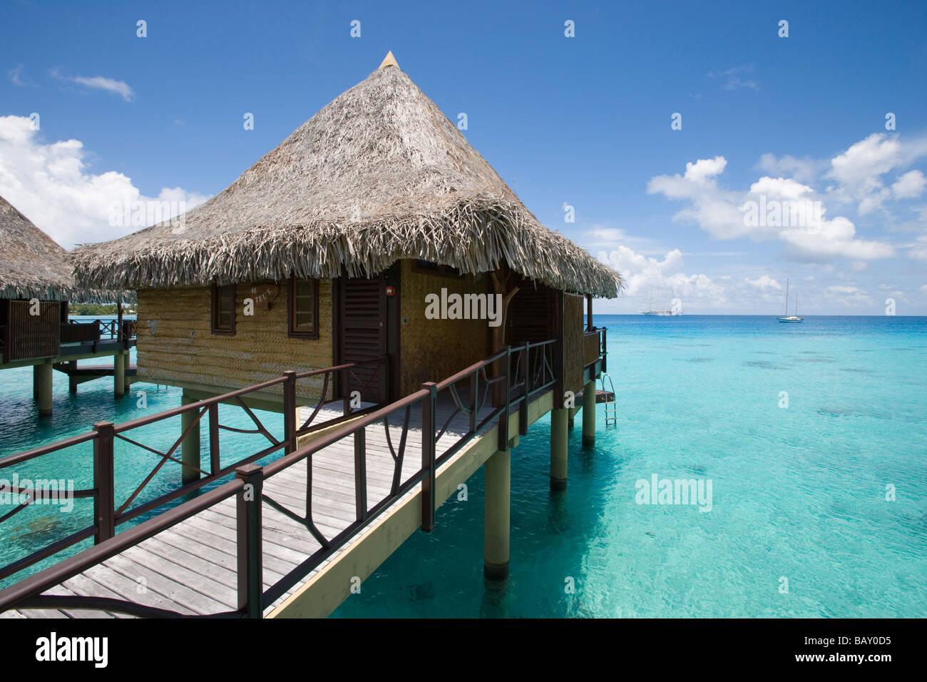 Hotel Kia Ora overwater bungalow, Avatoru, Rangiroa, The Tuamotus, French Polynesia - Stock Image