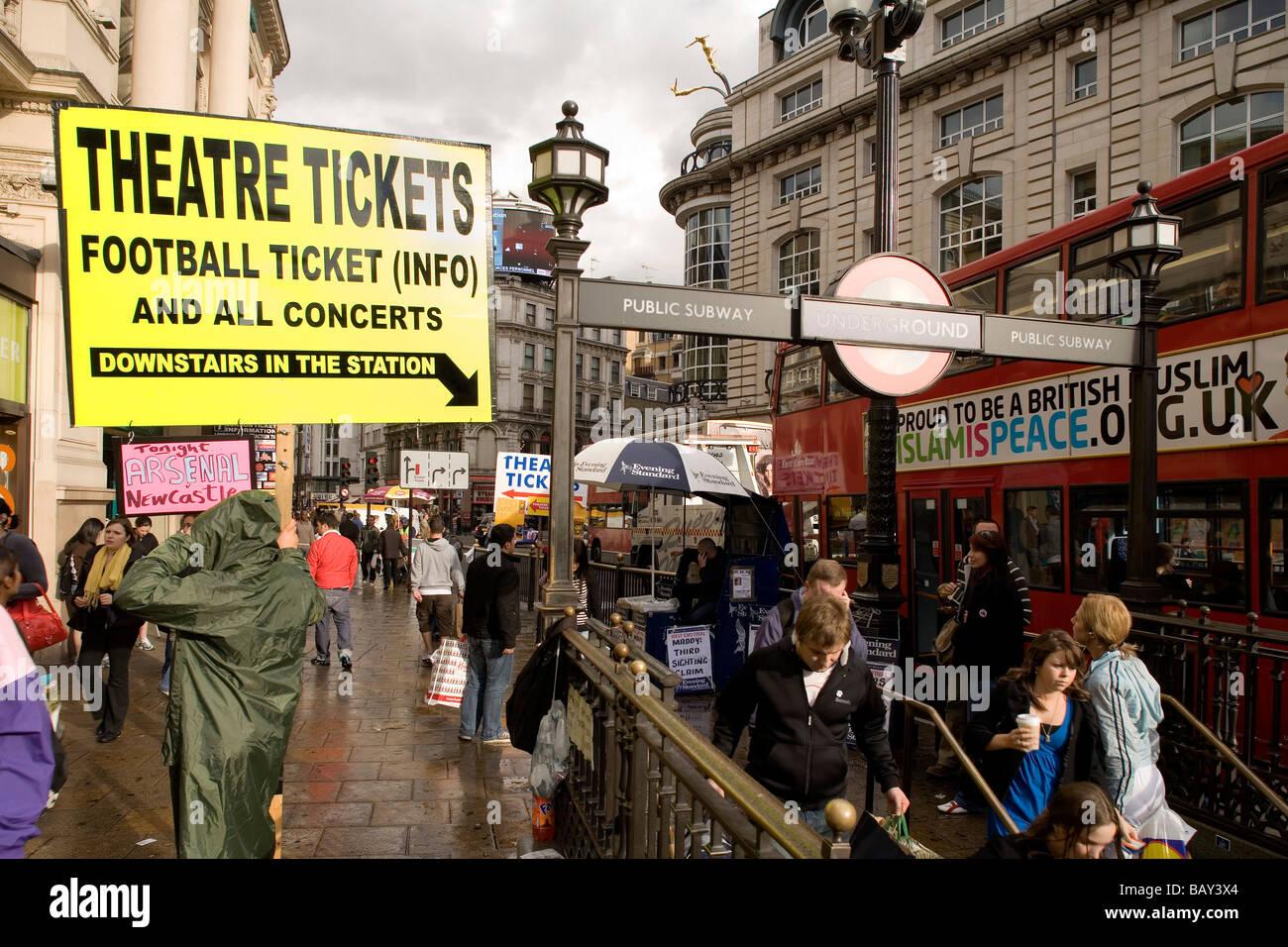 London Underground Station, Picadilly Circus, London, England, Europe - Stock Image