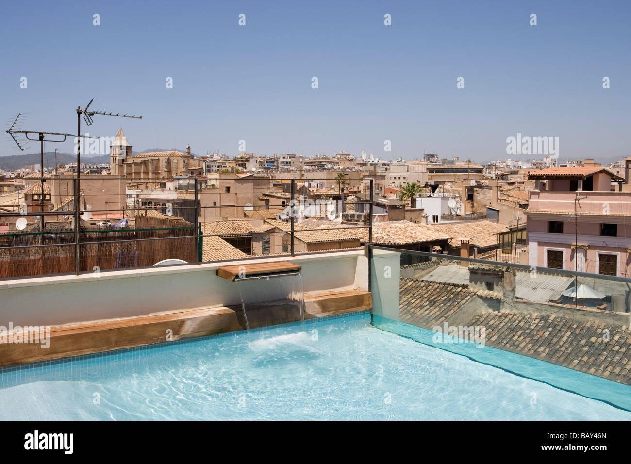 Hotel Tres Rooftop Plunge Pool, Palma, Mallorca, Balearic Islands, Spain - Stock Image