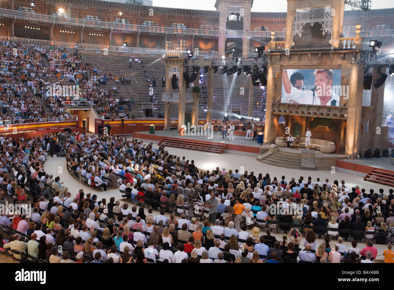 Performance by Dieter Bohlen and Mark Medlock at Wetten, dass... German Television Production, Palma Plaza de Toros - Stock Image