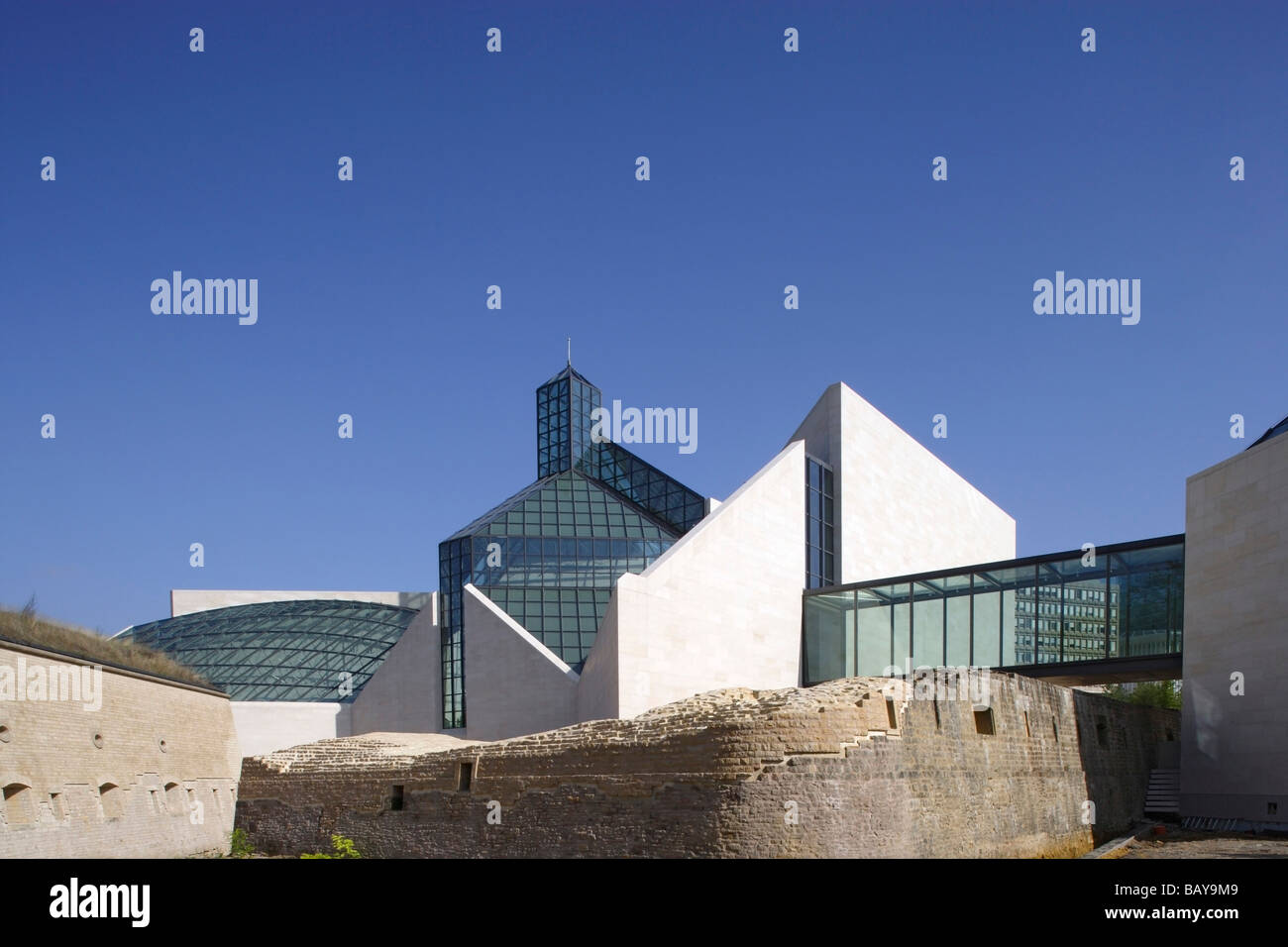 Modern Art Museum, Musee d'Art Moderne Grand-Duc Jean in the district of Kirchberg, Luxembourg - Stock Image