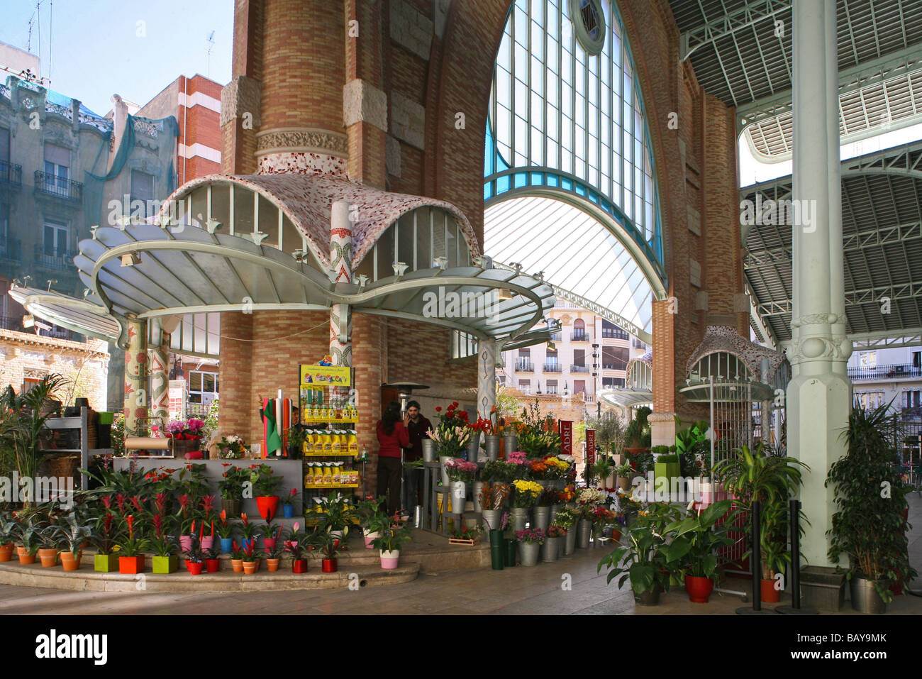Mercado de Colon, opened in 1916, 2003 refurbished with cafes, Valencia, Spain - Stock Image