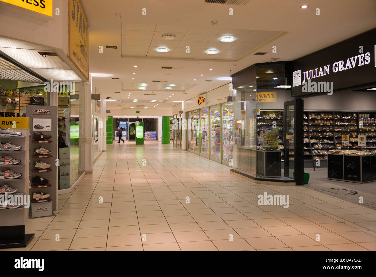 Quiet shopping centre mall interior. England UK Britain - Stock Image