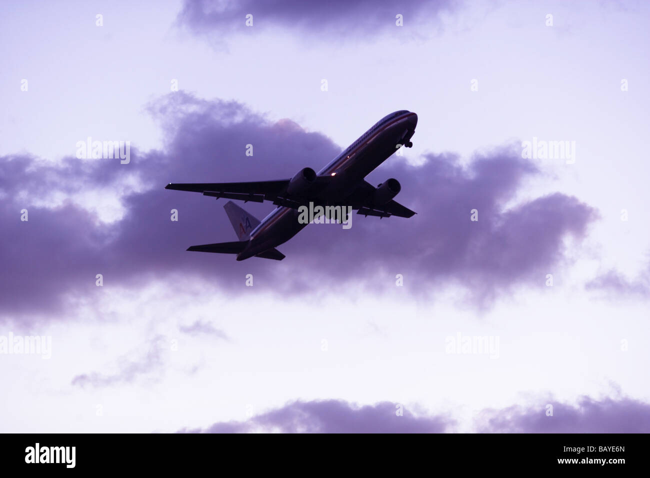 Commercial Aviation Aircraft in flight - Stock Image