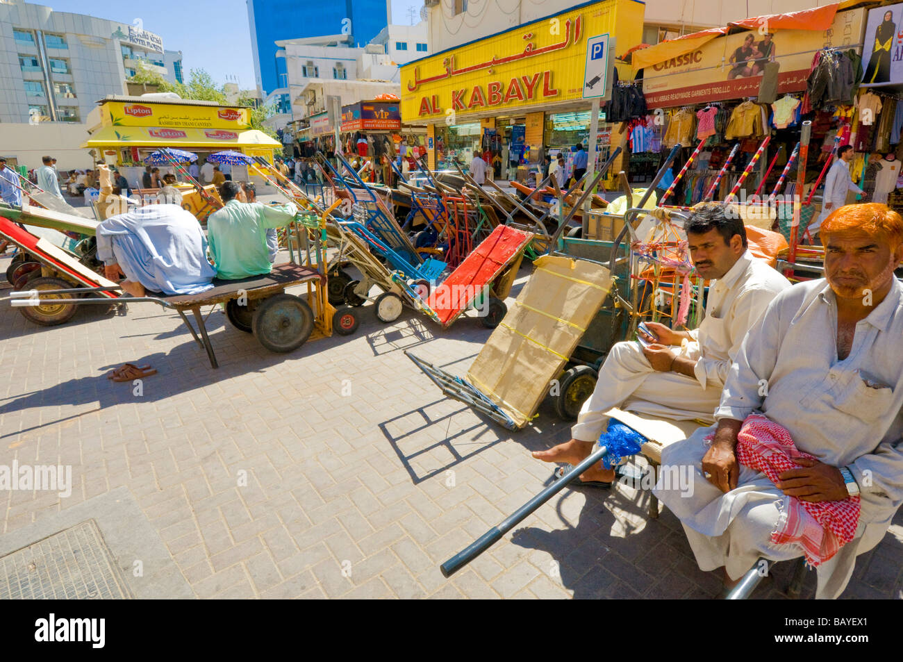 Foreign workers In Deira Dubai - Stock Image