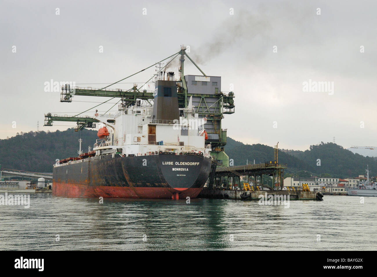 bulk carrier ship in La Spezia harbour - Stock Image