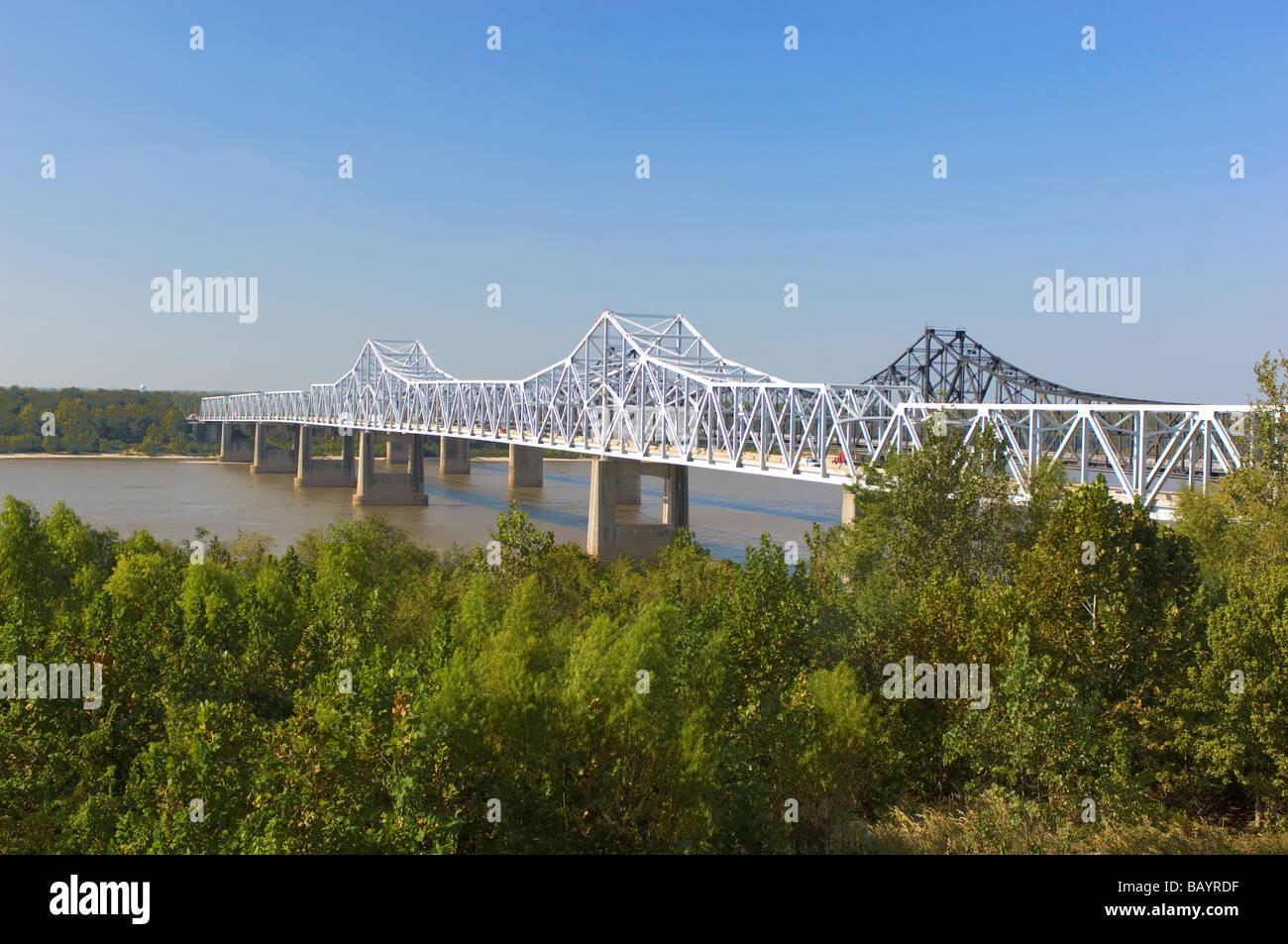 I 20 Bridge over the Mississippi River in Vicksburg Mississippi - Stock Image