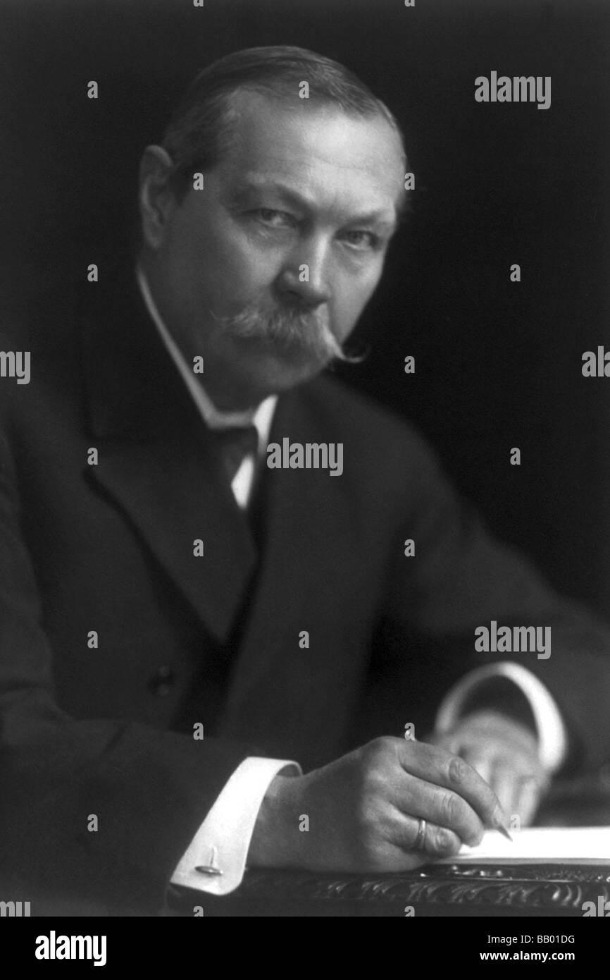 Sir Arthur Conan Doyle - Stock Image