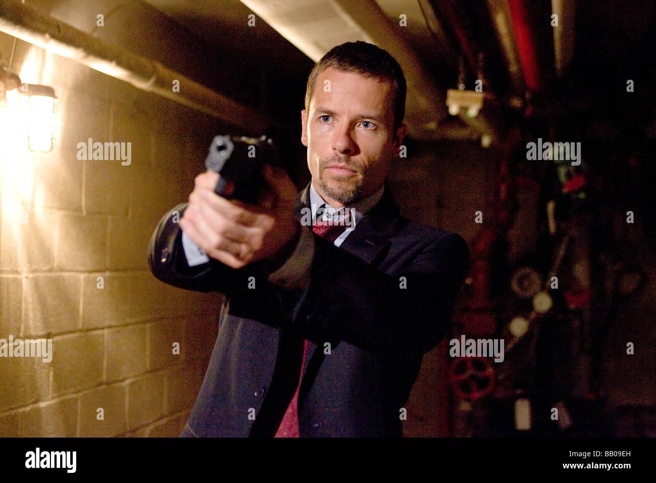 Traitor Year : 2009 Director : Jeffrey Nachmanoff Guy Pearce - Stock Image