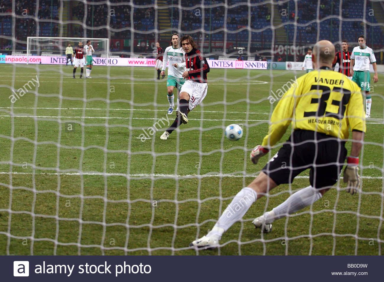andrea pirlo scores the penalty,milano 2009,uefa cup 2008/2009,milan-werder brema - Stock Image