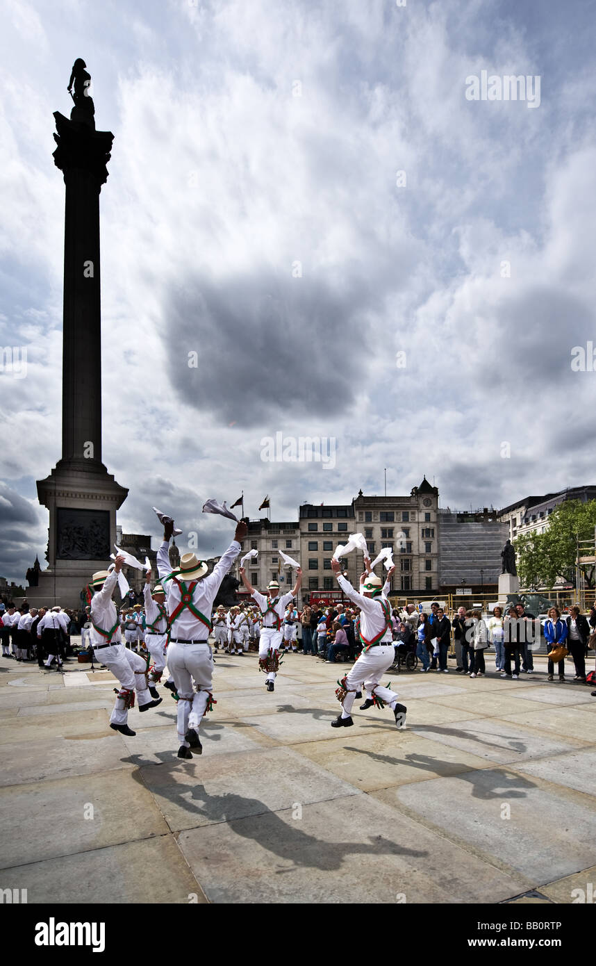 Westminster Morris Men dancing at the Westminster Day of Dance in Trafalgar Square in London.  Photo by Gordon Scammell - Stock Image