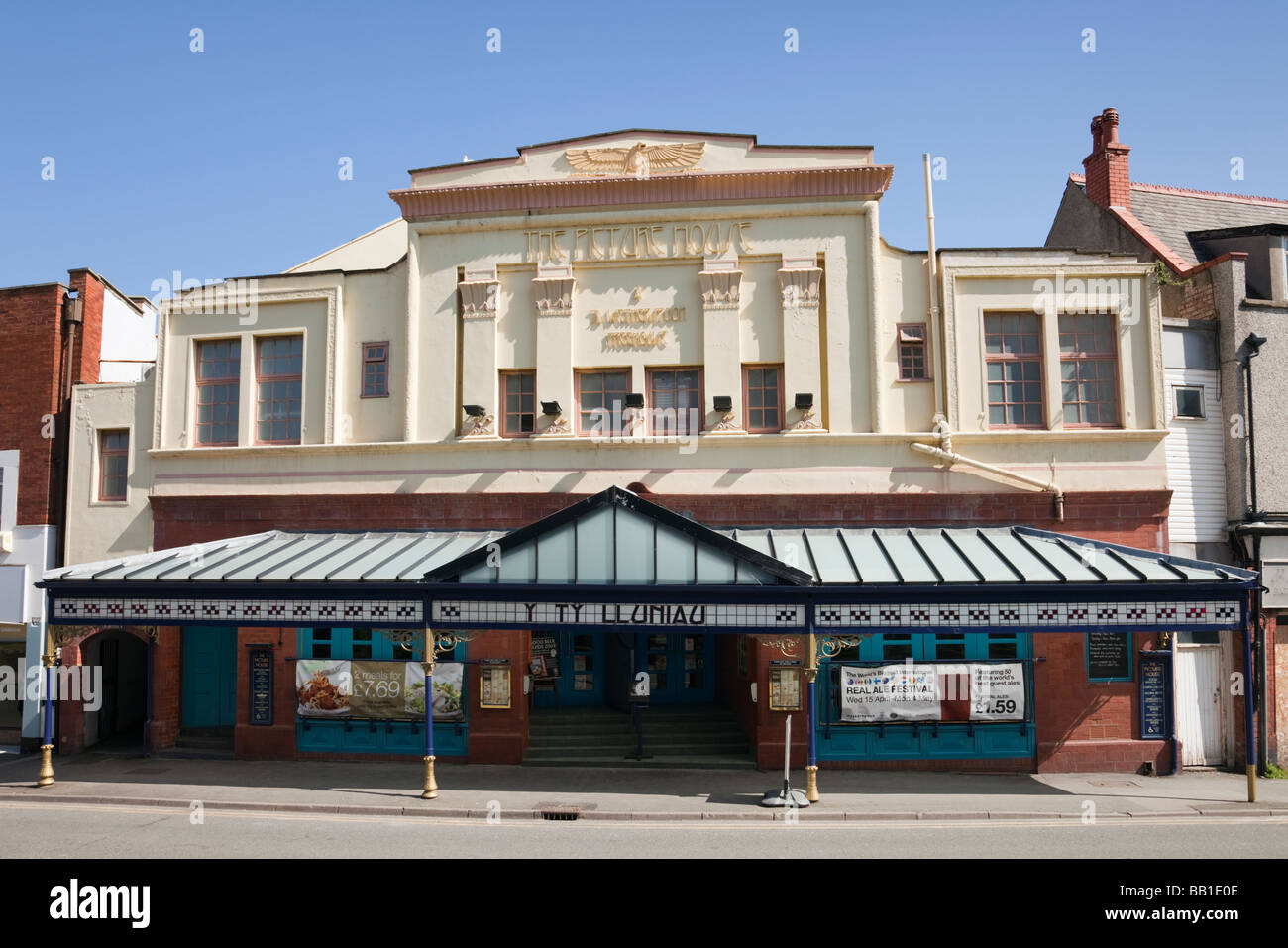 Wetherspoon Freehouse in the old Picture House building in Colwyn Bay Conwy North Wales UK Britain - Stock Image