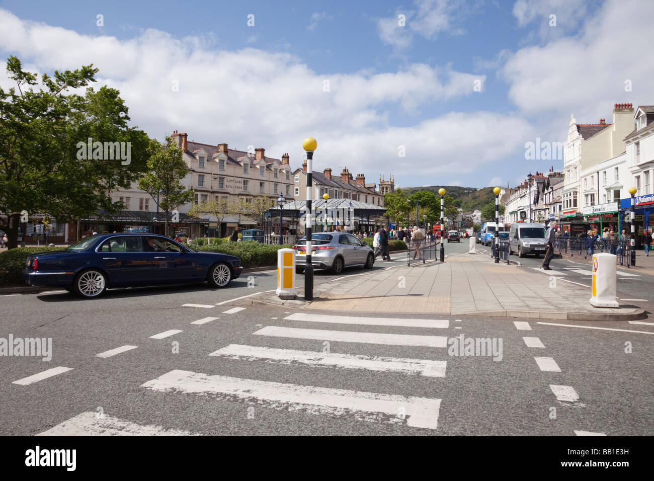 Mostyn Street Llandudno Conwy North Wales UK Pedestrian crossing and view down the street - Stock Image