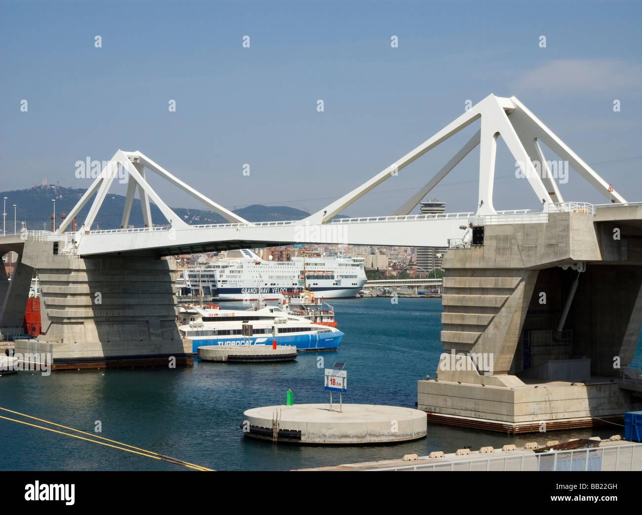 Spain.Port of Barcelona.New bridge. - Stock Image