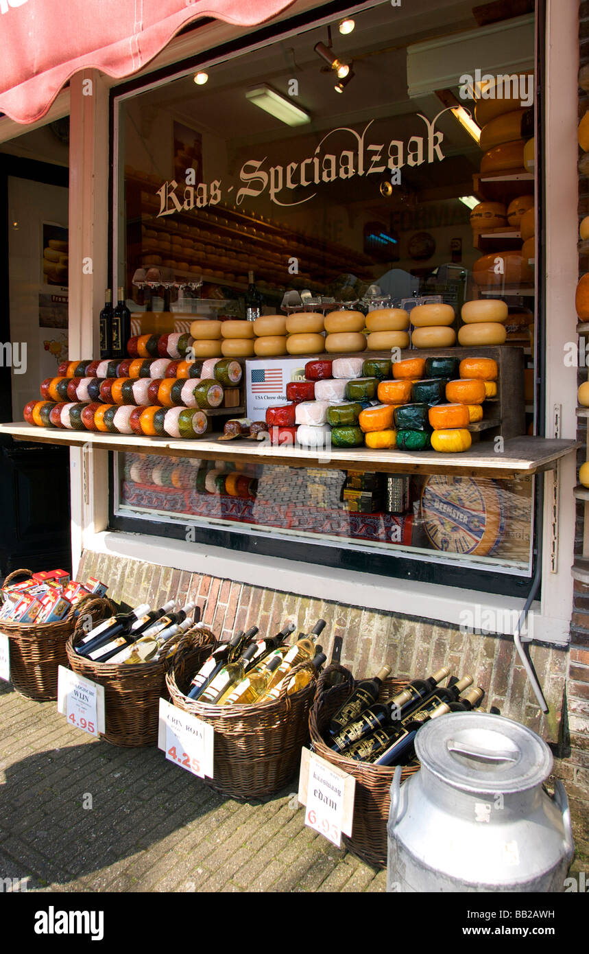 Europe, Netherlands, North Holland, Edam, cheese store - Stock Image