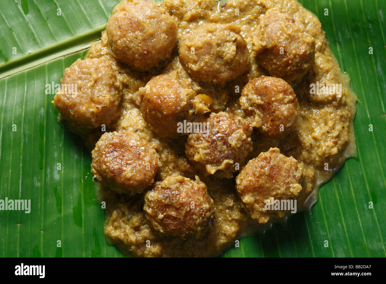 Chanar dalna is a popular gram and potato based dish from