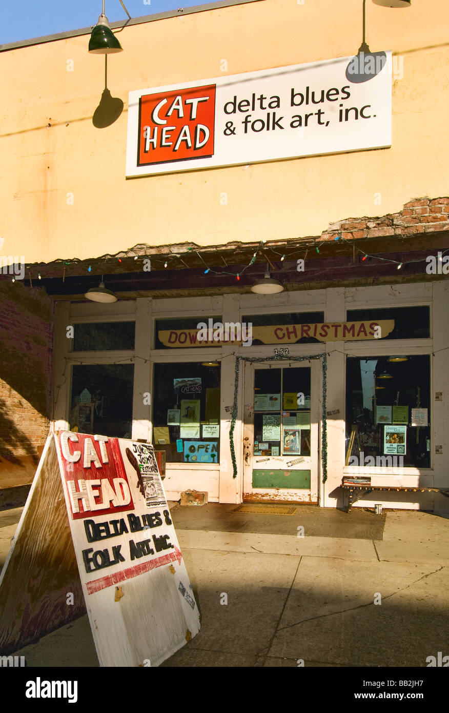 Exterior of the Cat Head Delta Blues and Folk Art record store in Clarksdale, Mississippi - Stock Image