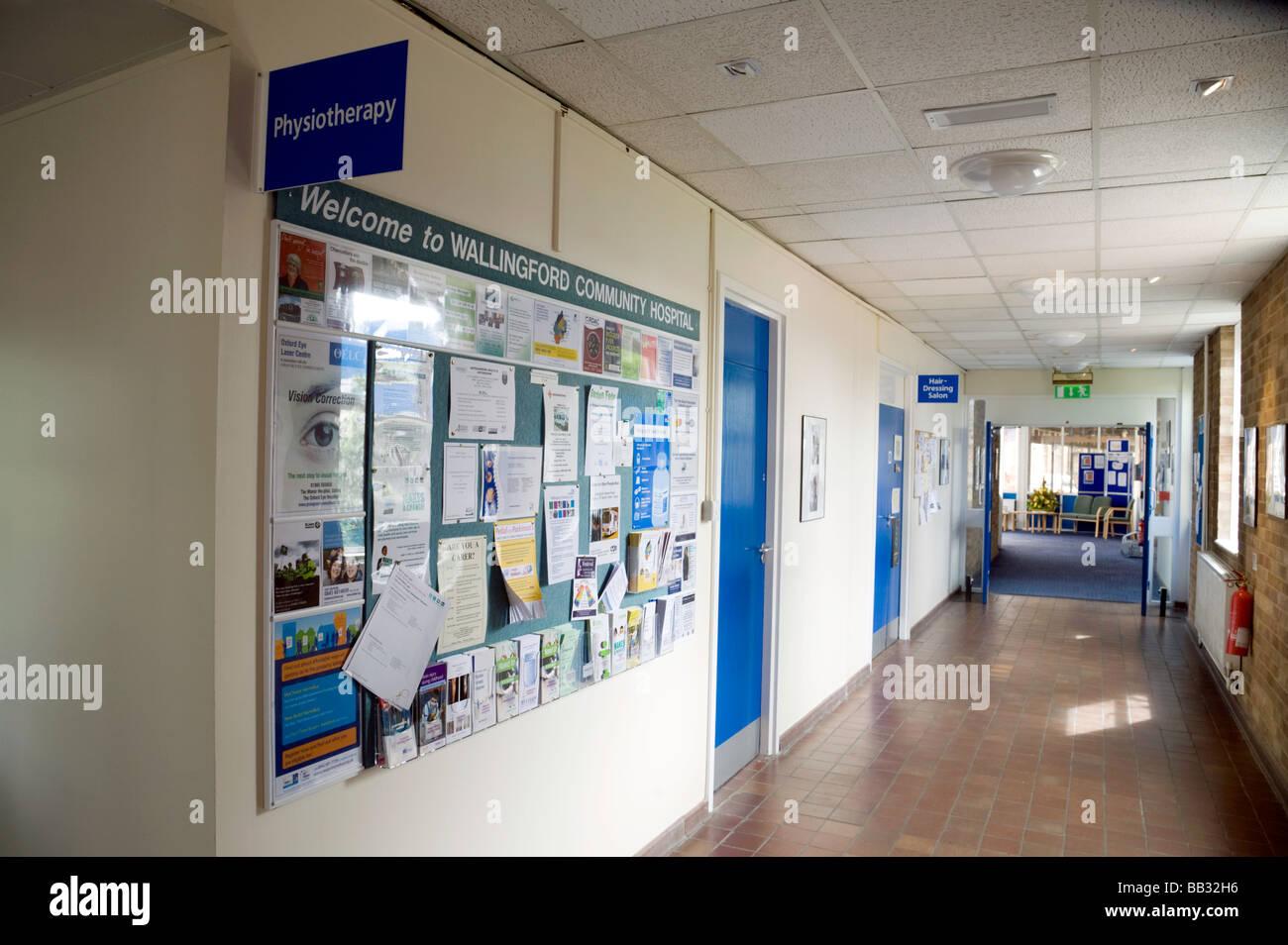 An empty corridor, Wallingford Community Hospital, Wallingford, Oxfordshire, England - Stock Image
