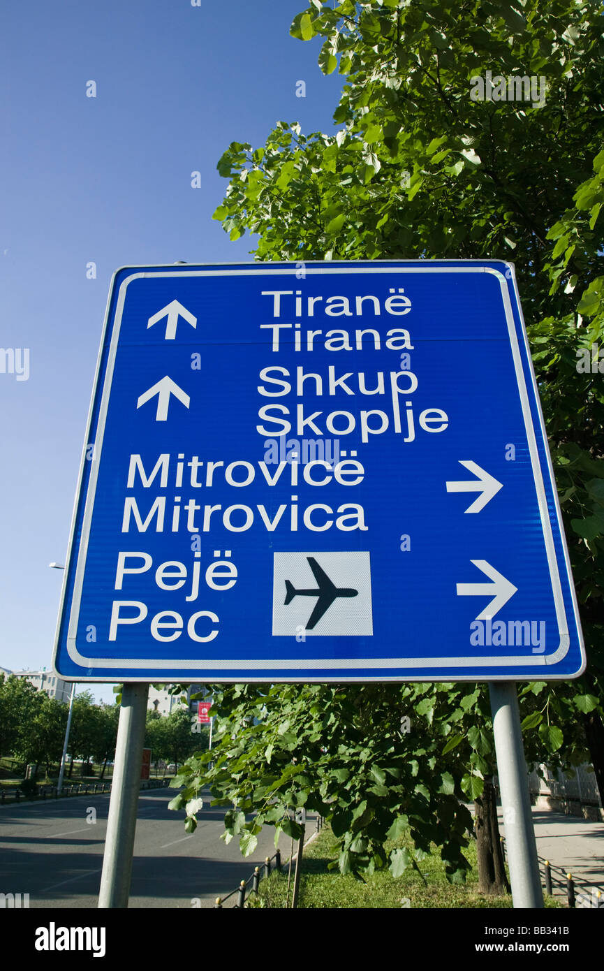KOSOVO, Prishtina. Road sign on Mother Teresa Boulevard - Stock Image