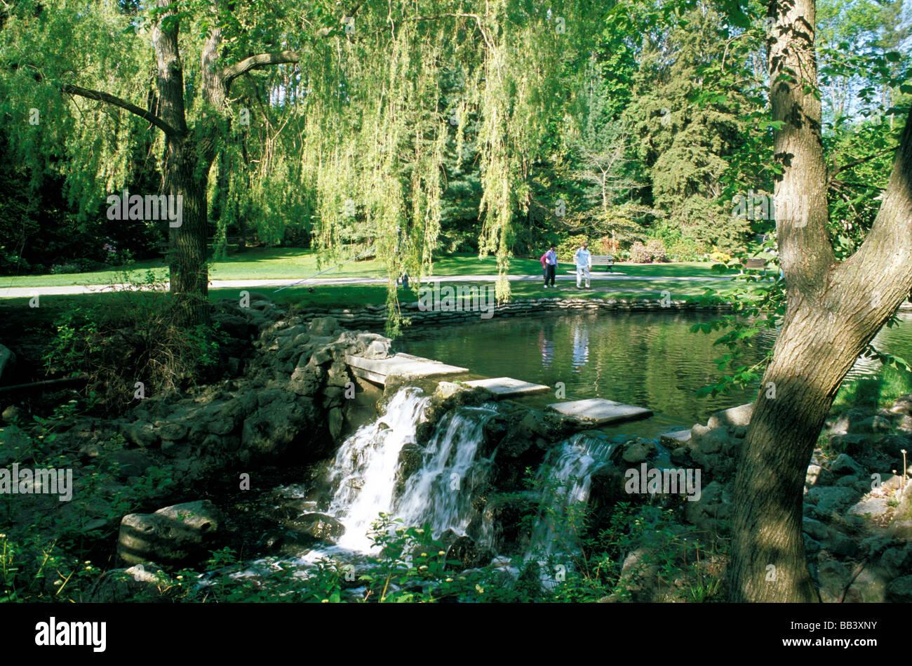 Edwards Gardens Toronto Stock Photos Amp Edwards Gardens