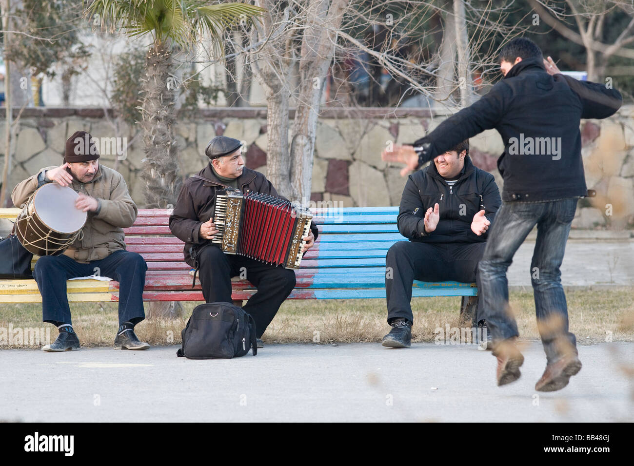 Street musicians and dancer in Baku, Azerbaijan - Stock Image