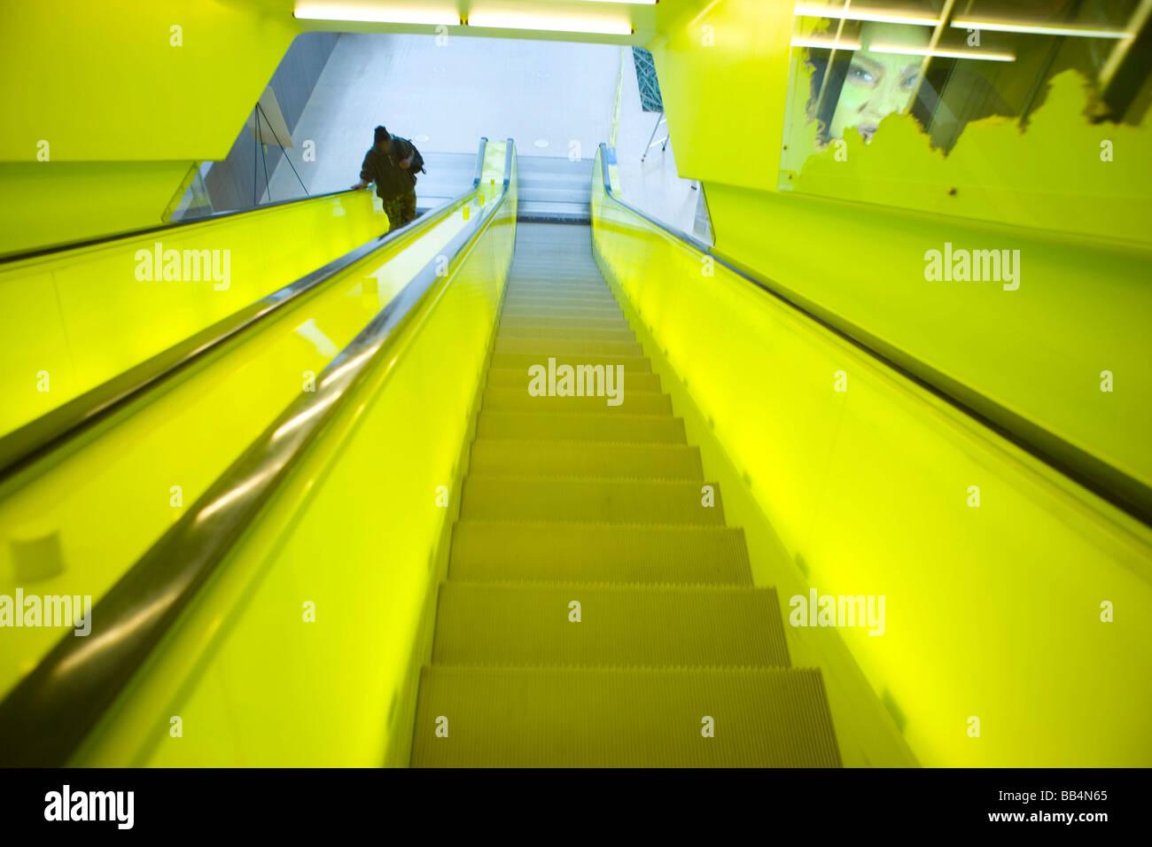 NA, USA, Washington, Seattle, Central Library, escalator - Stock Image