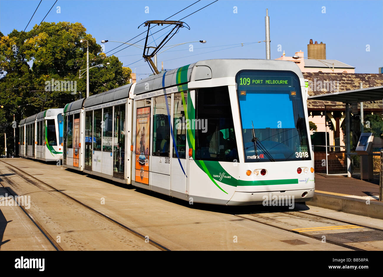 Articulated Tram Stock Photos Amp Articulated Tram Stock