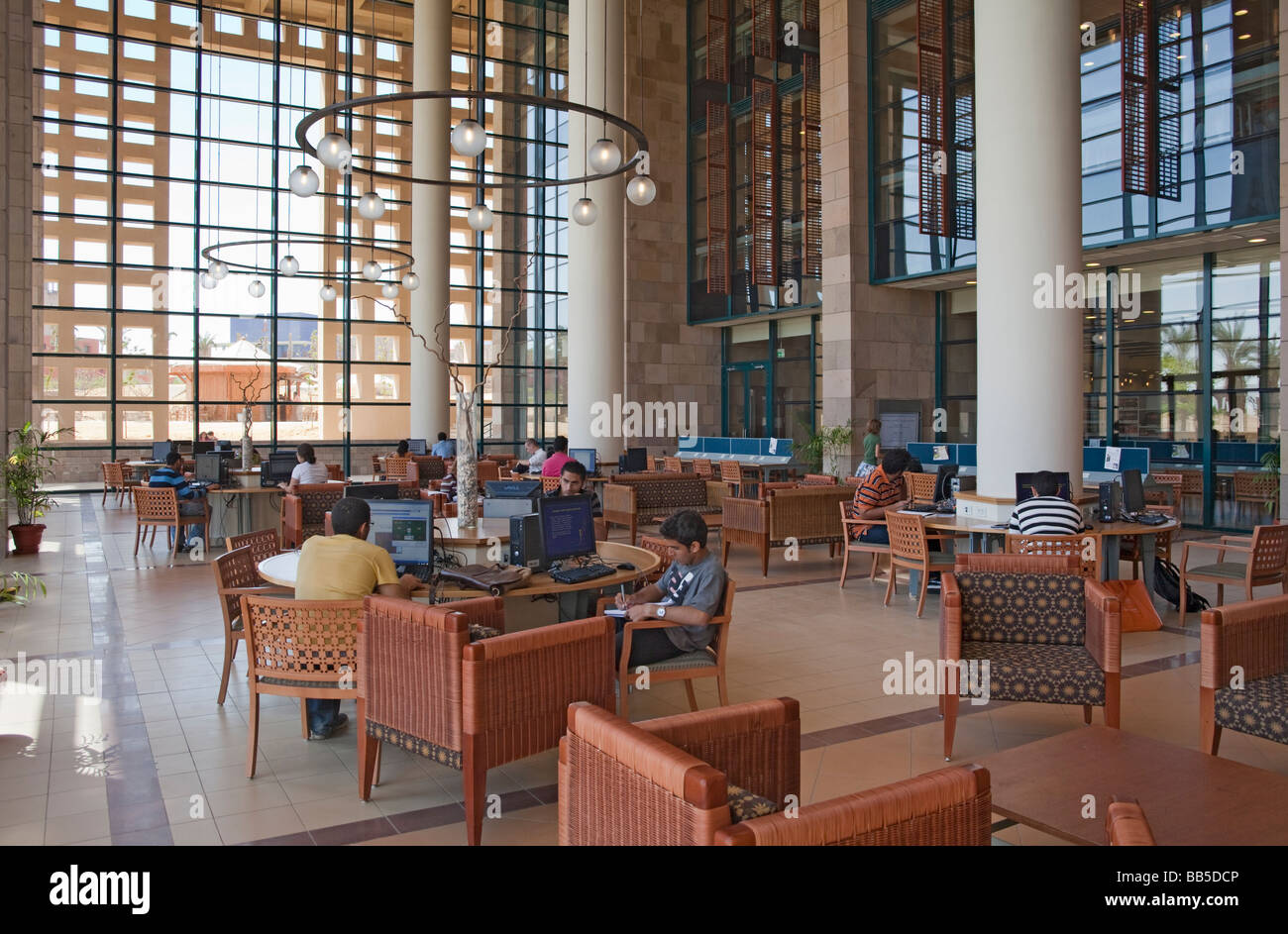 Students At Computer Desks In Library New Campus American Stock Photo Alamy
