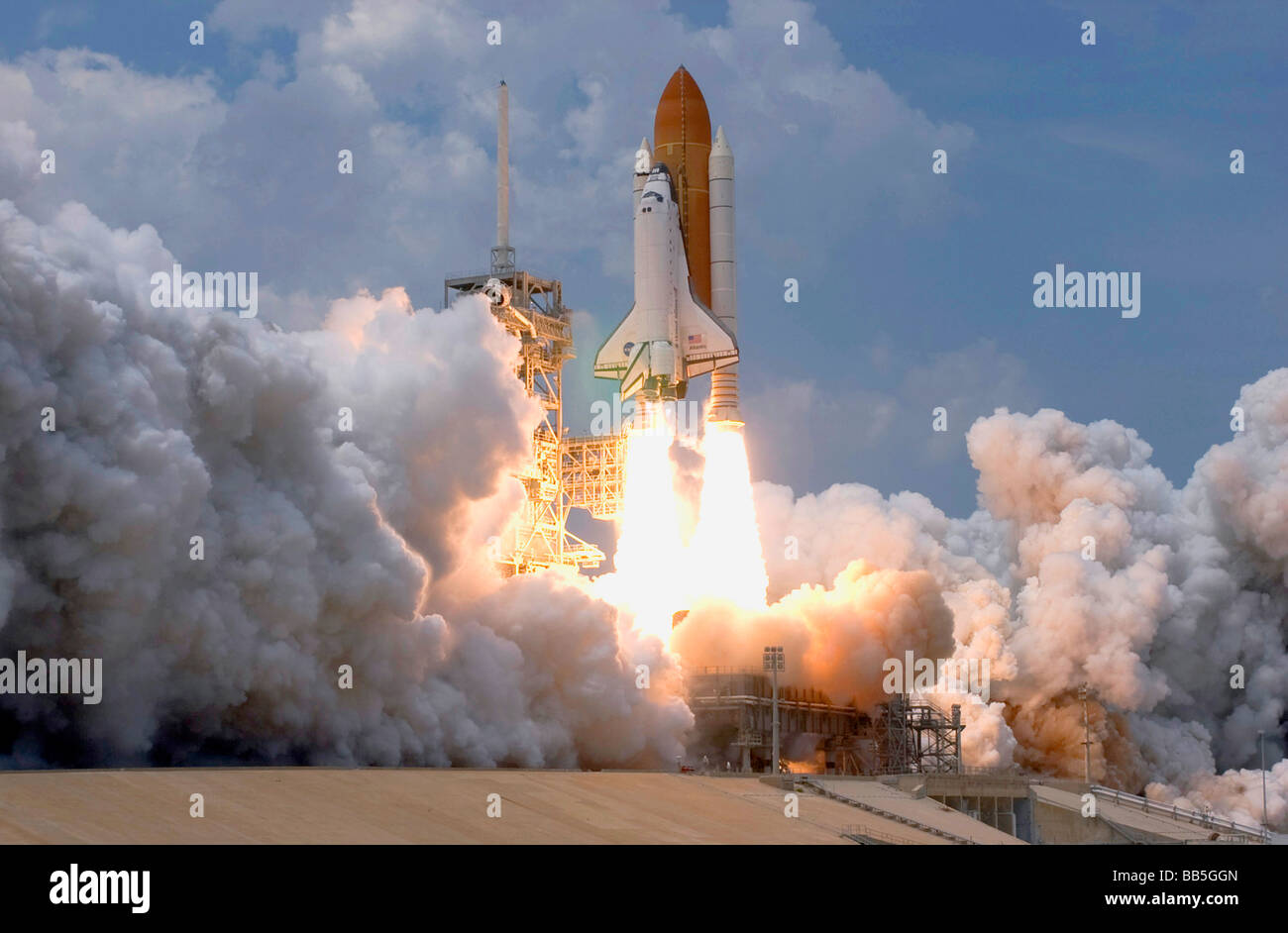 NASA launching space shuttle Atlantis on mission to service Hubble Telescope Stock Photo
