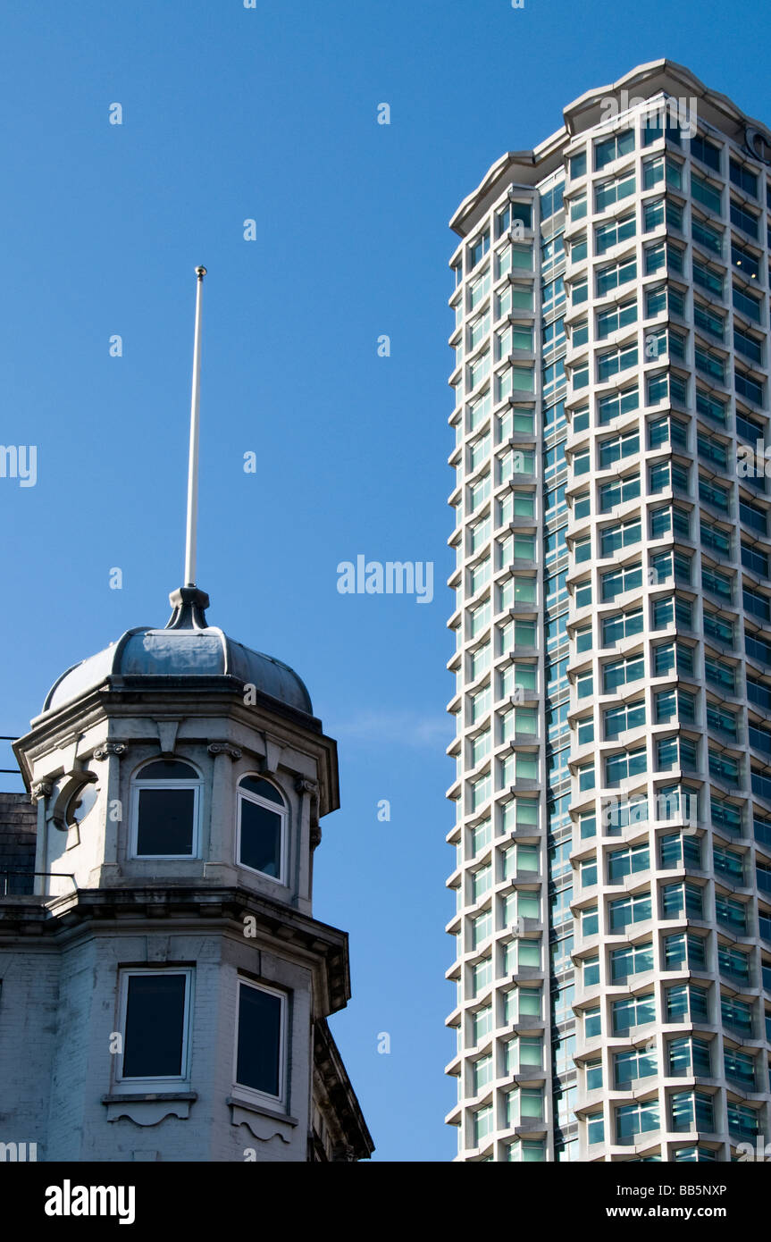 0074f406a5a London Center Centrepoint Stock Photos   London Center Centrepoint ...