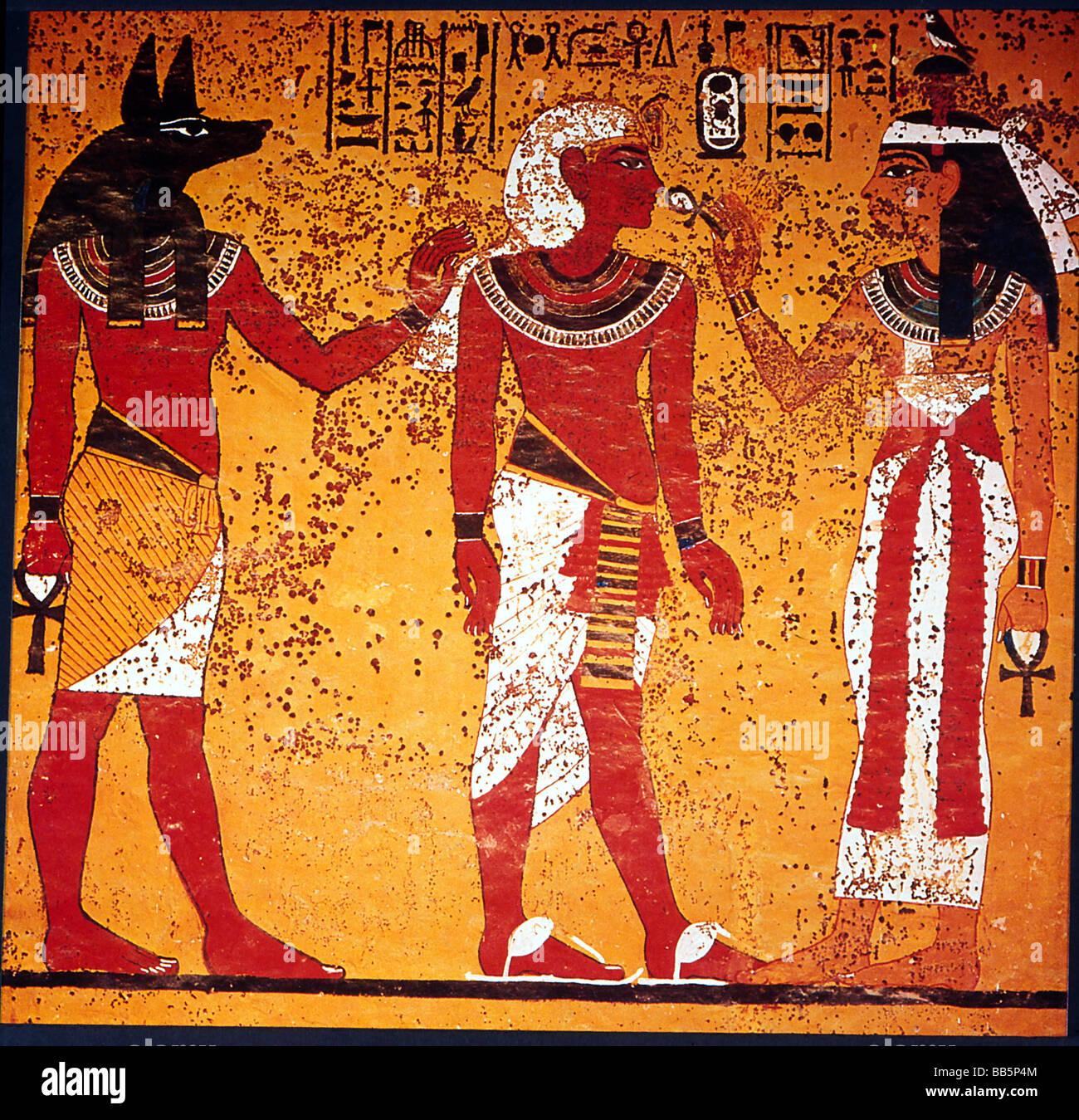 Tutankhamun, King of Egypt, 1333 - 1323 BC, 18th Dynasty, full length, with God Anubis and Goddess Hathor, mural - Stock Image