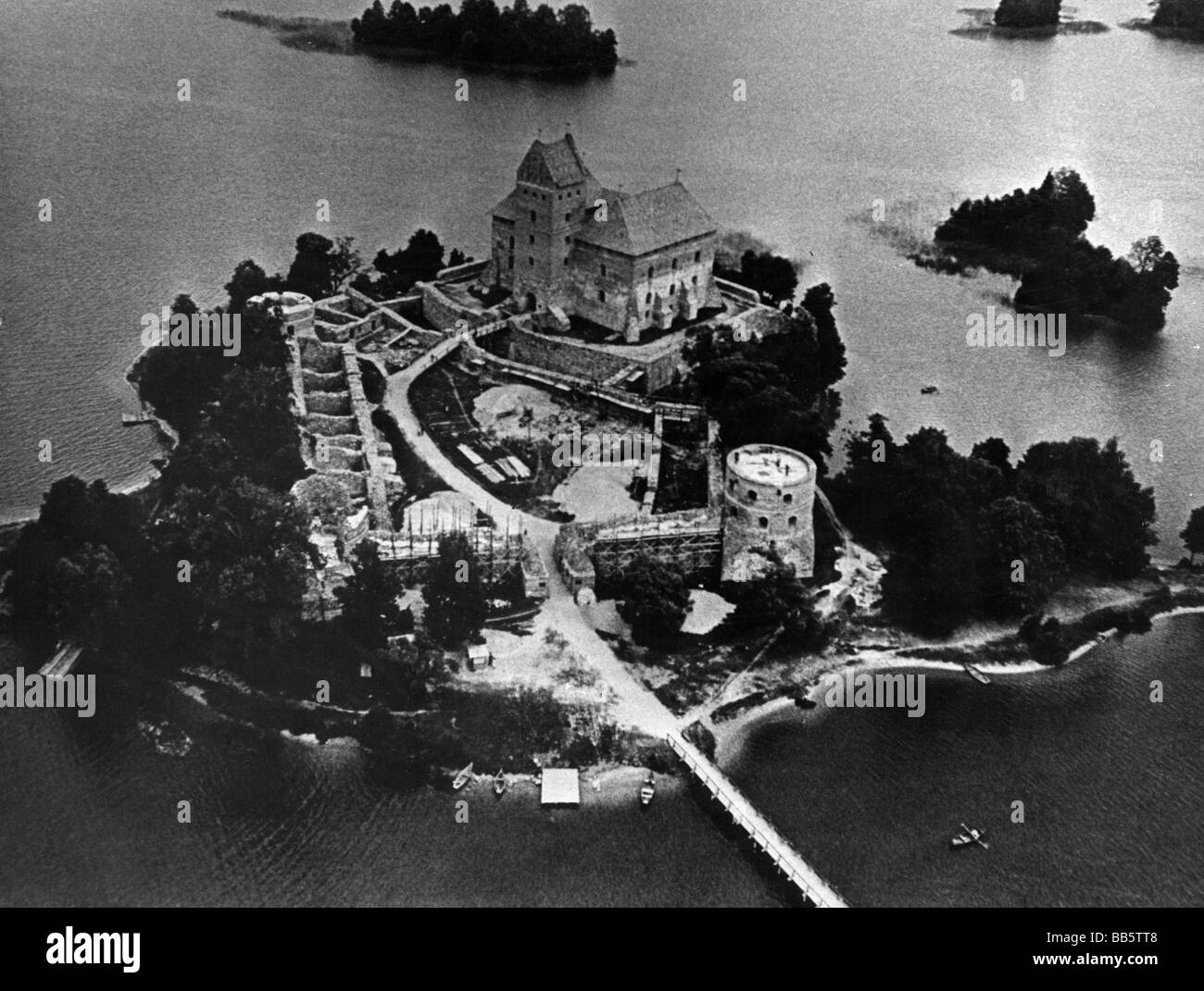 geography / travel, Lithuania, Trakai, Island Castle, aerial view, 1940s/1950s, , Additional-Rights-Clearances-NA - Stock Image