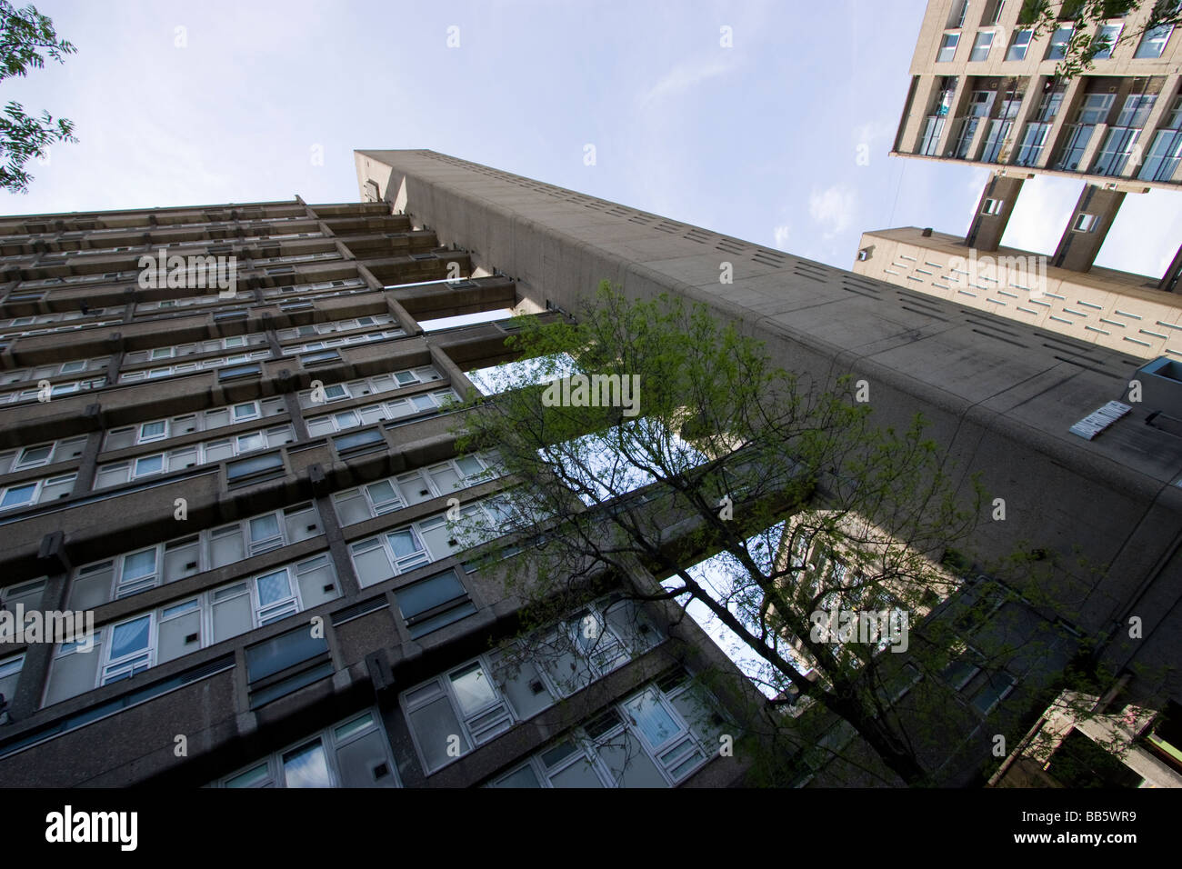 Balfron Tower is a 27 storey housing block in the Poplar district of the London Borough of Tower Hamlets - Stock Image