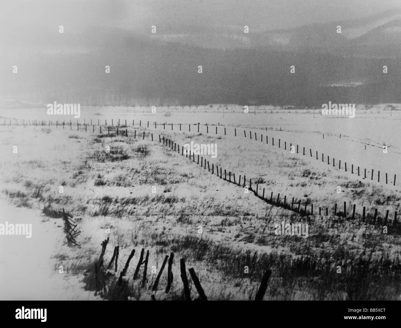 Charmant Geography / Travel, Germany, Inner German Border, Near Bad Sachsa, Harz,  January 1969, Winter, Snow, Lower Saxony, East, Zonal B