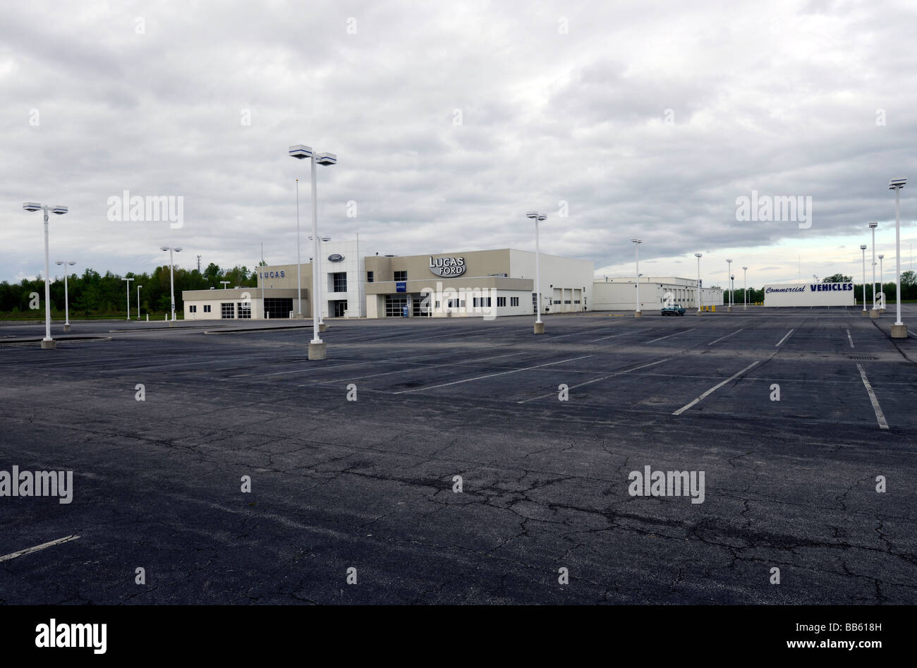 Car Dealerships In Lima Ohio >> Closed Ford Car Dealership In Lima Ohio Stock Photo 24104321 Alamy
