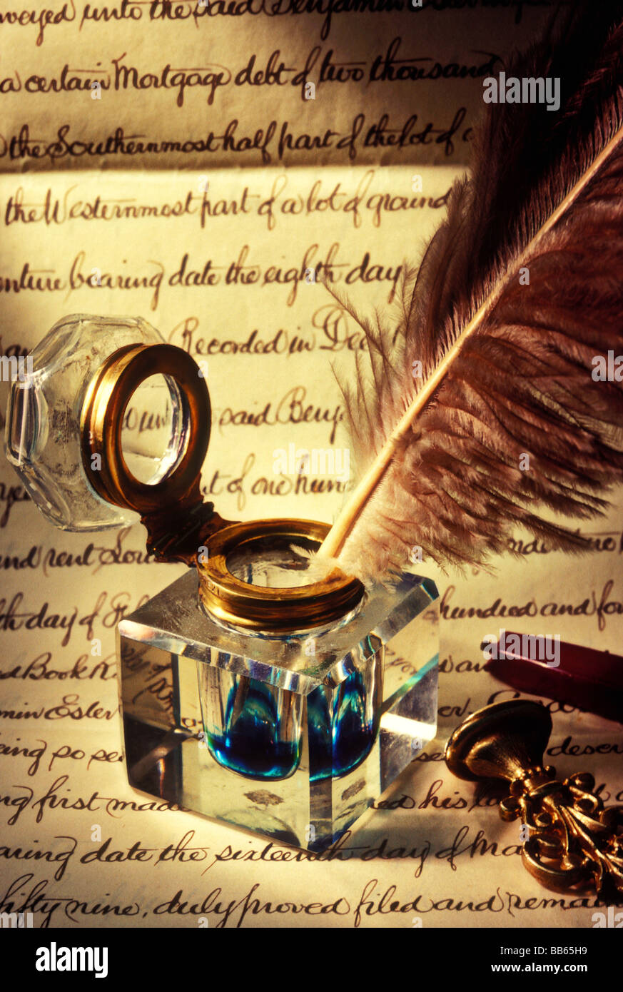 Old glass inkwell and quill Stock Photo: 24107701 - AlamyQuill And Inkwell Image