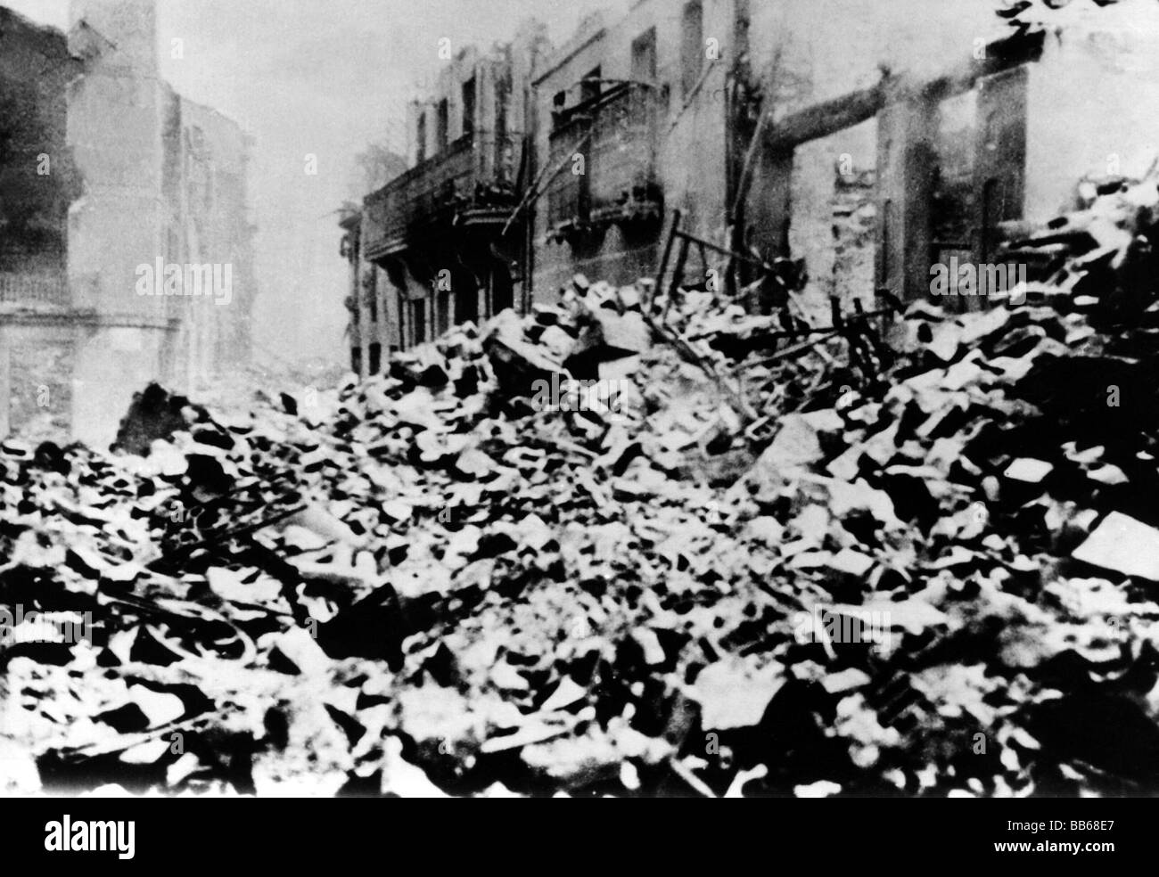 geography / travel, Spain, Spanish Civil War 1936 - 1939, destroyed town of Guernica y Lomo, after air attack of - Stock Image