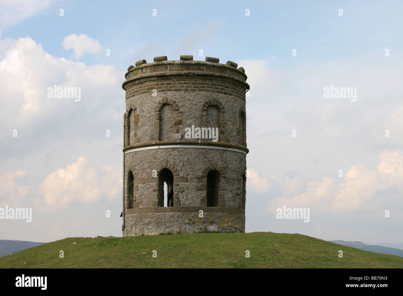 solomons temple grin hill nr pooles cavern buxton derbyshire - Stock Image