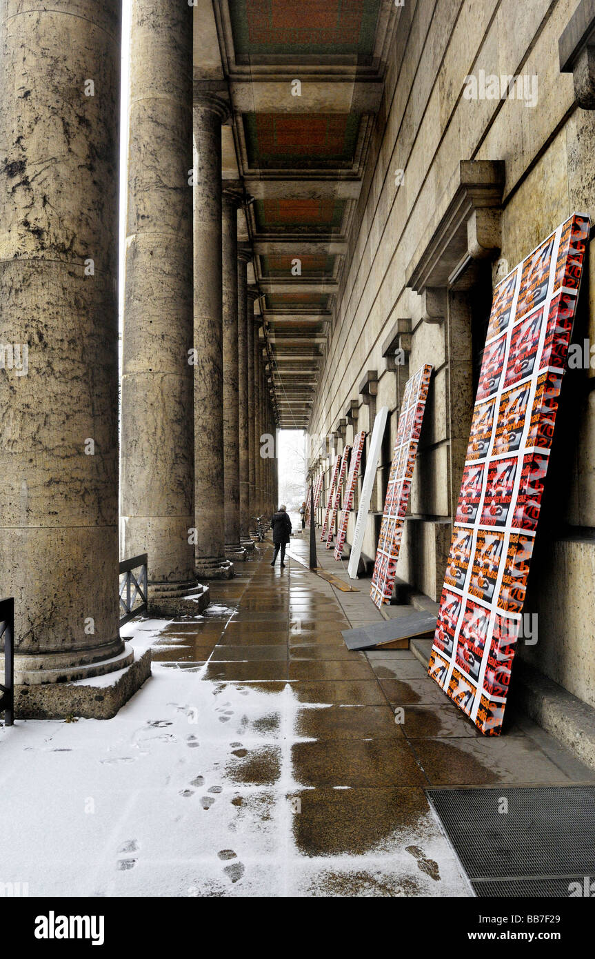 Portico in the snow, Haus der Kunst, House of Art, Munich, Bavaria, Germany, Europe - Stock Image