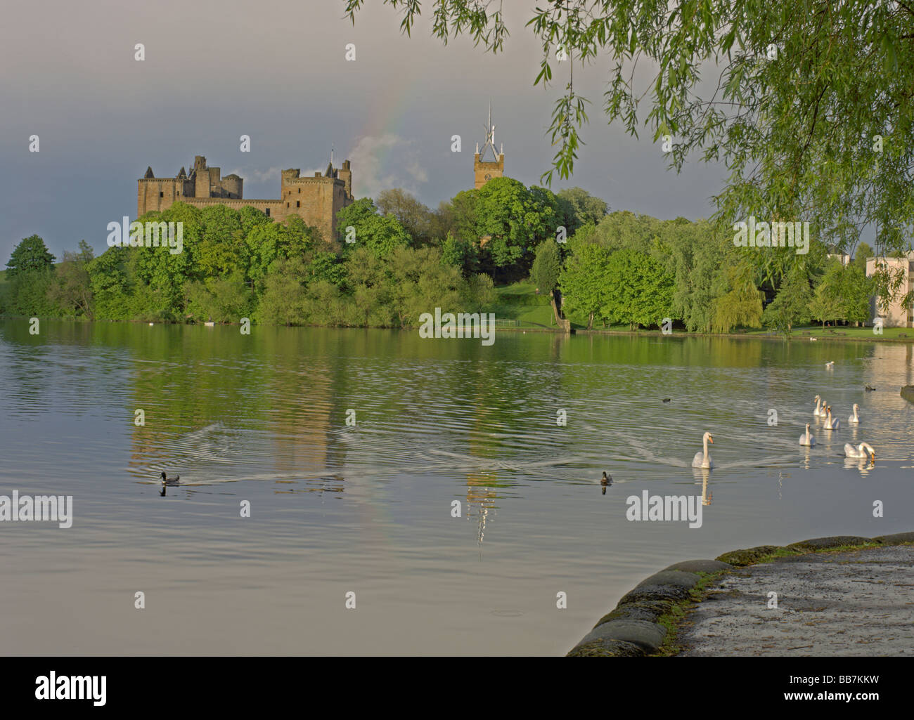 Linlithgow Palace Loch Linlithgow West Lothian Scotland June 2008 Stock Photo