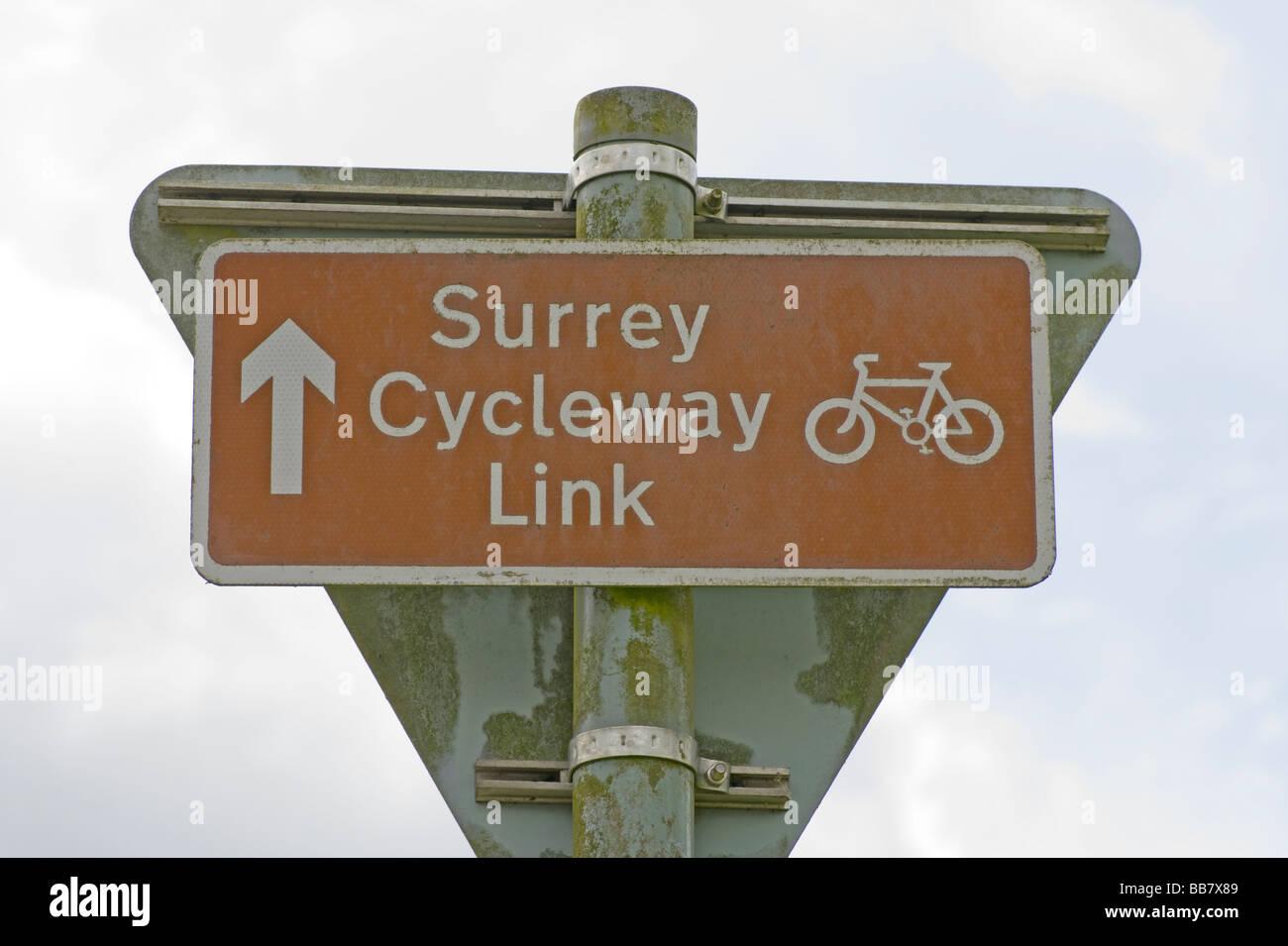Surrey Cycleway Link Road Sign - Stock Image