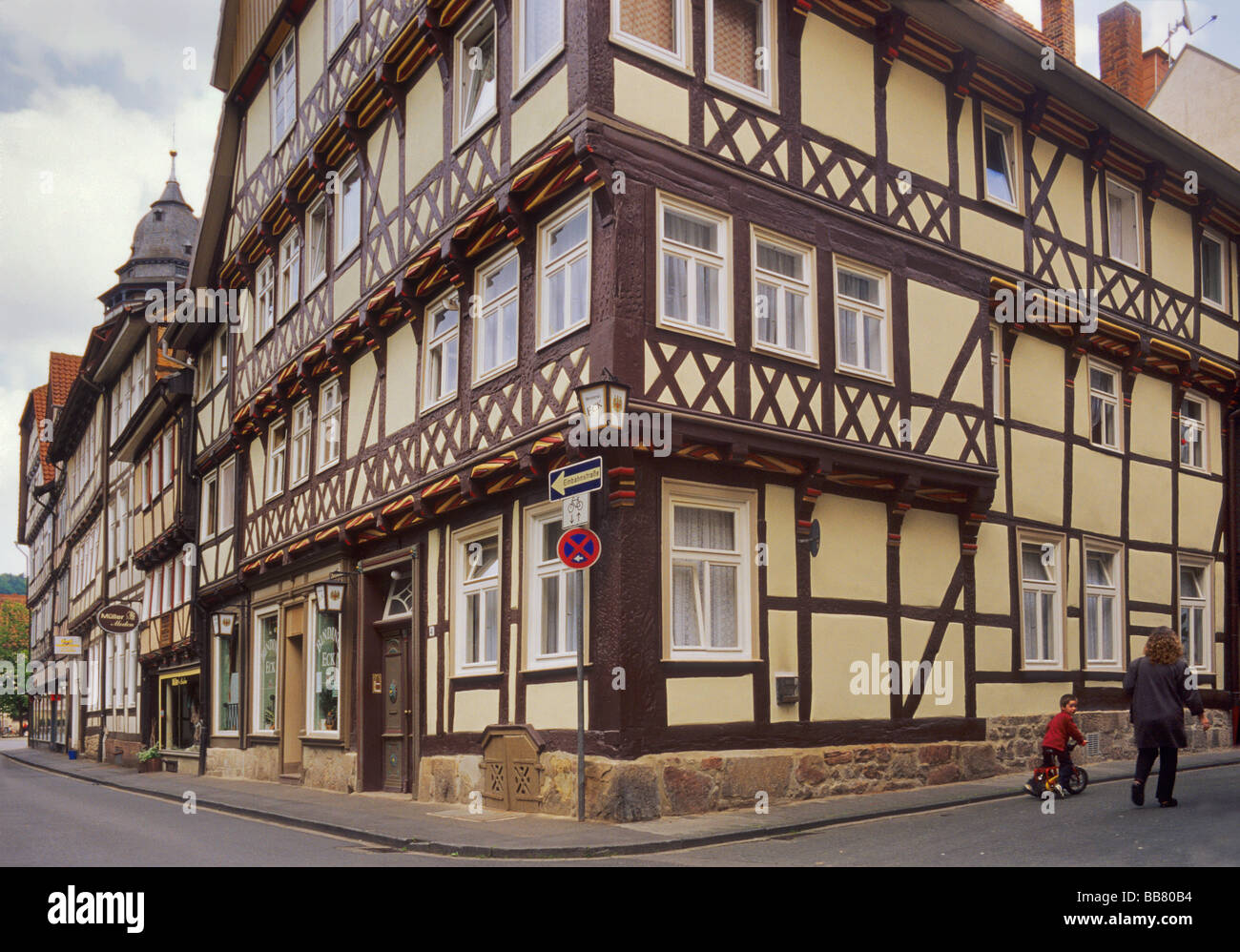 Gabled half timbered houses at Hinter der Stadtmauer street in Hann Münden, Lower Saxony, Germany Stock Photo